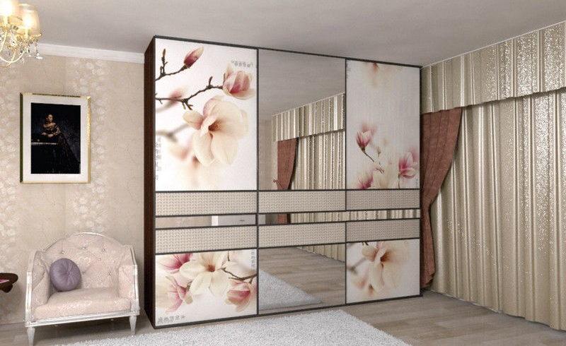 Шкаф в спальню с фотопечатью