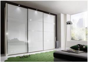 Встроенный шкаф купе белое стекло